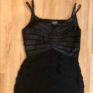Adrianna Papell Black Dress Sz 8 Shutter Pleat